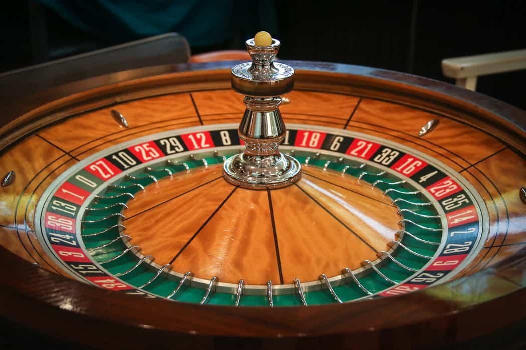 Bitcoin Casinos and Blockchain: Adding Trust to Online Gambling